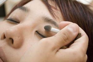 makeup-3-1159237-m